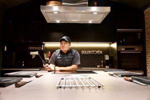 El Chef Jhosef Arias en su Espacio BoldKitchen
